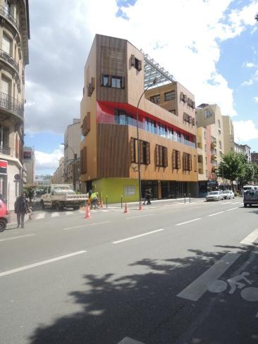 Façade avenue Gabriel Péri avec volets ouverts